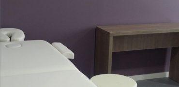 Table de Massage dans la salle de bien-être Marianne Solidarités